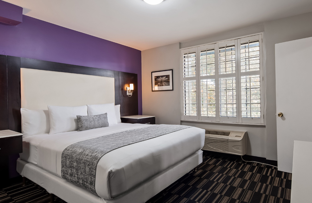 SureStay Hotel Los Angeles - Room with Queen Bed